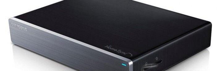 U poplavi raznoraznih set-top-boxeva, od Appleova TV-a, WD TV-a, do raznih bezimenih uređaja zasnovanih na Androidu, Samsung se priključio svojim uređajem naziva HomeSync
