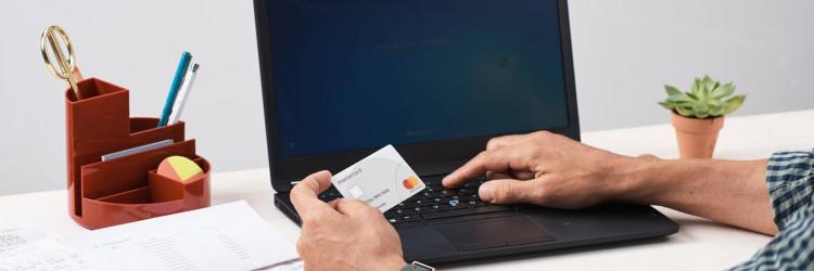 Edukacija i informiranje o opasnostima koje vrebaju i načinima za samozaštitu ključni su za potpunu sigurnost prilikom online kupovine