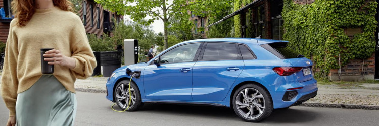 Inovativni plug–in hibridni pogon jednako dobro funkcionira i u većim modelima, pa tako Audi A6 Avant 55 TFSIe quattro nudi opuštajuću bešumnu vožnju u gradskom prometu te impresivnu količinu snage kombiniranog pogona na otvorenoj cesti