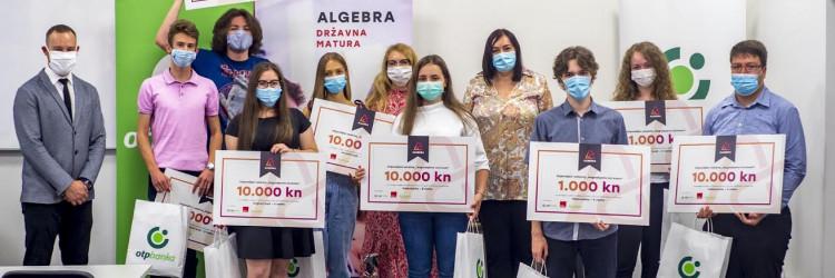 Na stipendijski natječaj mogli su se sa svojim postignutim rezultatima prijaviti svi maturanti koji su se za ispit državne mature pripremali u Algebri, a onima najboljima dodijeljene su stipendije u iznosu od 10.000 kuna po maturantu