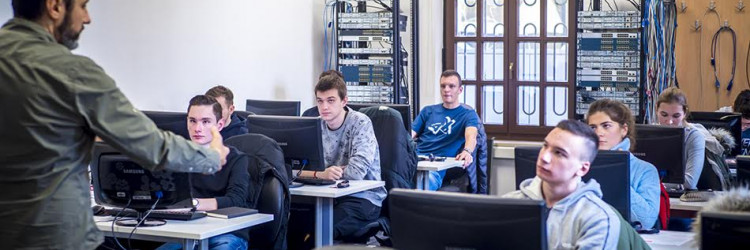 Suradnja udruge Servus i Visokog učilišta Algebra odvija se već drugu godinu zaredom, a ovogodišnji stipendijski fond je dosegao skoro 200.000,00 kuna