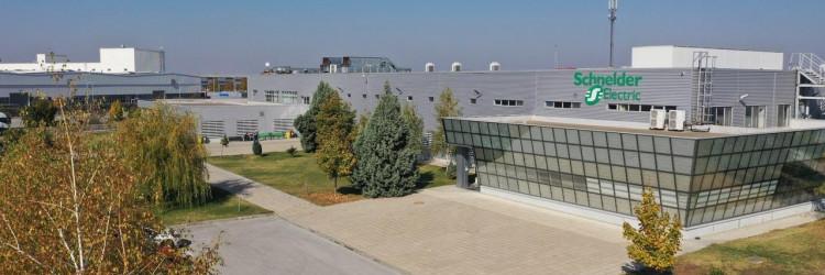 """Schneider Electric programom """"Smart Factory"""" standardiziraju se i primjenjuju, diljem svijeta, kriteriji za izgradnju i otvaranje tvornice koja može posjedovati karakteristike """"Pametne tvornice"""""""