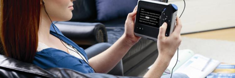 Intel Reader pretvara tekst u govor - Intel predstavio mobilni ručni uređaj namijenjen osobama s teškoćama u čitanju, npr. disleksijom i slabovidnošću, te slijepim osobama