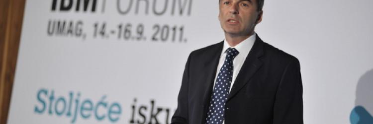 Deveti IBM Forum okupio je više od 400 sudionika koji su u dva dana sudjelovali na pet konferencijskih nizova i 50 predavanja te okruglim stolovima, čime se Forum ponovno dokazao kao jedan od najvažnijih poslovnih i IT događaja u Hrvatskoj
