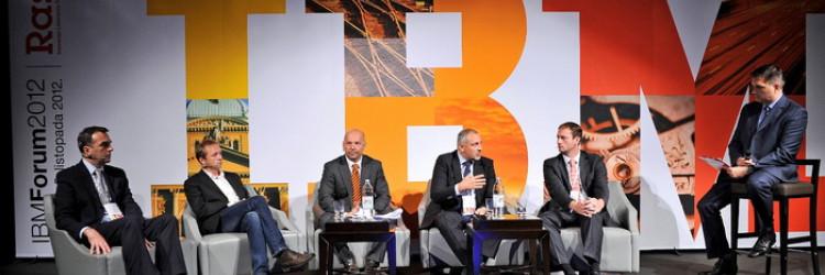"""Deseti jubilarni IBM Forum 2012 pod sloganom """"Rast3 – Inovacije. Liderstvo. Tehnologije"""" otvoren je uvodnim izlaganjem Kreše Perice, glavnog direktora IBM-a Hrvatska"""