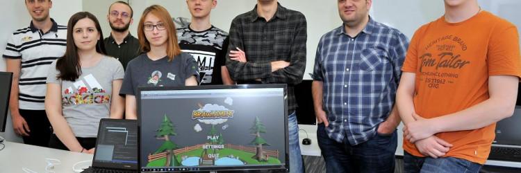 Brawlament je nastao tijekom studija, a radi se o igri koja je predviđena za sudjelovanje do četiri igrača – bilo lokalno ili putem interneta – a cilj je ostati posljednji preživjeli u raznim scenografijama: od vulkana, preko šume do mjesečeve površine i ledenog doba