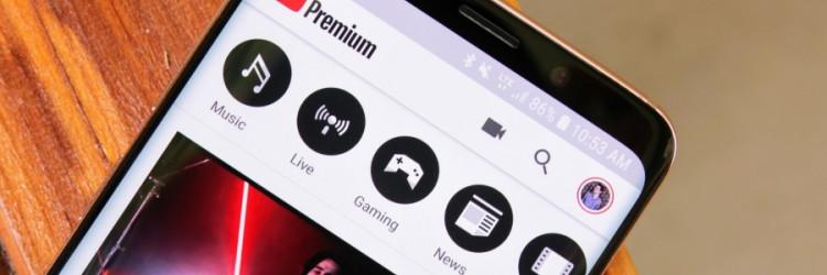 Također, dostupna i usluga YouTube Premium koja korisnicima omogućuje značajke Music Premiuma kao i iskustvo bez oglasa, gledanje u pozadini te preuzimanje sadržaja s cijelog YouTubea