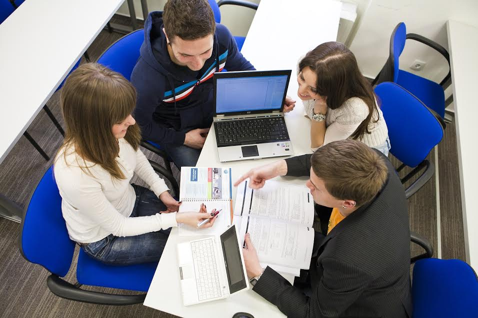 54 posto hrvatskih digitalnih stručnjaka preselilo bi u inozemstvo