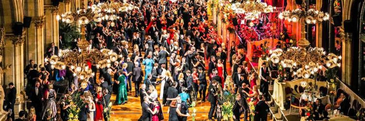 Bečki balovi uz svoje redovne posjetitelje posljednjih godina privlače i sve mlađu publiku, što za organizatore donosi i nove izazove