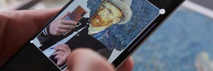 Koristeći novi Samsung Galaxy Note 10+, ovaj modni dizajner i ilustrator stvorio je digitalnu kolekciju remek djela pod nazivom Mobile Masterpieces