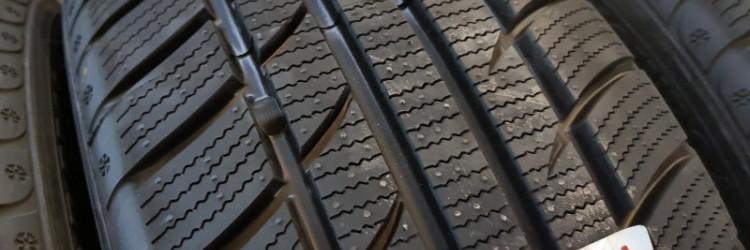 Tomket Snowroad PRO 3 zimska guma u dimenziji 205 55 R16 nose oznaku razreda C za kočenje na mokrom, te oznaku razreda C za potrošnju goriva i 72 decibela buke