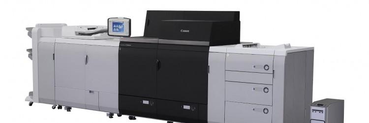 Uz mogućnost dodavanja ulaznog modula za duge listove papira sada je moguće upogoniti automatski dvostrani tisak na medije dužine do 762 mm uz umetanje 1000 listova pomoću ladice Canon POD Deck XL