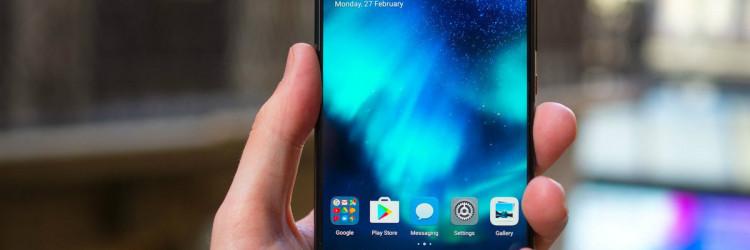 Huawei P10 Plus donosi osjetno veći zaslon od 5,5 inča koji umjesto fullHD rezolucije sada barata s QHD-om