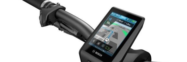 Sveobuhvatno putno računalo Nyon nudi putnu navigaciju, praćenje tjelesne aktivnosti, funkciju digitalnog zaključavanja, informacije o području na temelju topografije i spajanje e-biciklista na digitalni svijet putem Bluetootha i Wi-Fi-ja