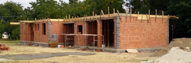 Nadzorni inženjer u vaše ime nadzire radove na gradilištu, vodi dnevnik gradilišta, odgovaran je pred zakonom da su svi radovi na gradilištu izvođeni u skladu s pravilima struke